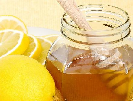jarabe casero limon con miel para la tos persistente