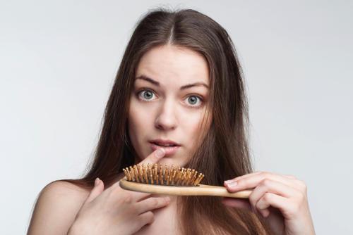 El aceite del espino cerval de mar para los cabellos con dimeksidom